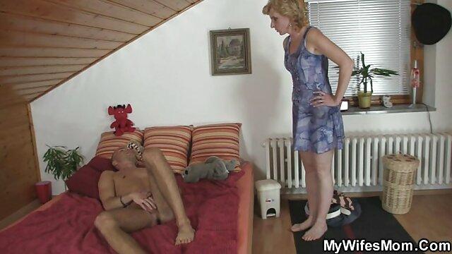 massaggio intimo con cazzo nel culo donne mature amatoriali porno Dall'India, parte 1