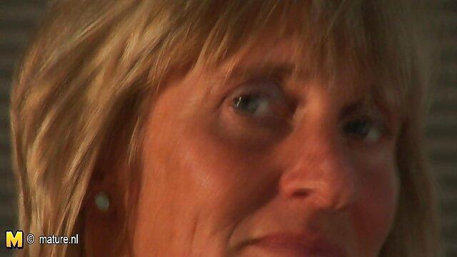 Più video amatoriali gratis donne mature caldo punto di vista, sega con i piedi da hot cutie