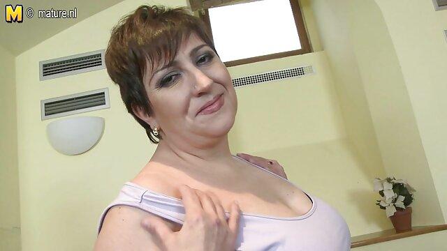 Telecamera nascosta nello spogliatoio femminile girato una collezione di casalinghe mature amatoriali fighe bagnate