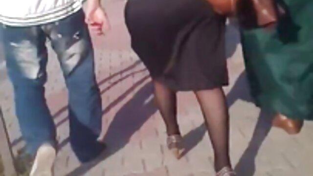 Hot lesbiche babes scopate amatoriali con donne mature sgranocchiare il castoro