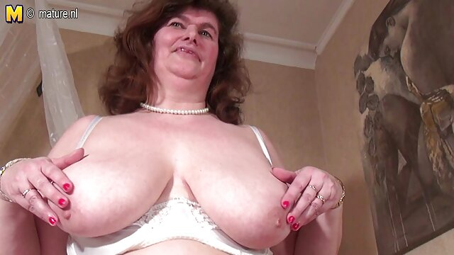 Bigtits MUMMY Nina Elle martellante grande scuro boner video porno amatoriale milf
