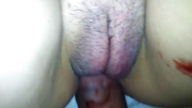 Esame della figa e del tubo anale Iveta amatoriali italiani donne mature Obgyn