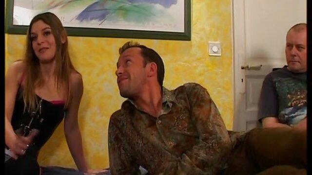 Maritino sborrata in moglie scopate amatoriali mature mentre amico scopa il suo culo!