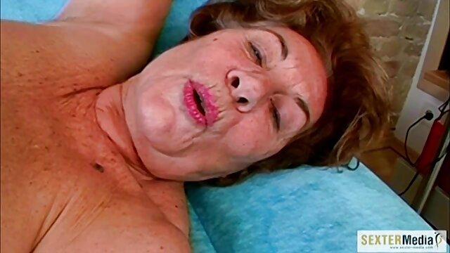 Uomo film porno amatoriali donne mature d'affari grasso Sborrata nella Figa lasciata scopandola in hotel