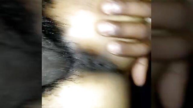 Cinese mature amatoriali casalinghe ha portato la ragazza Giapponese a Squirting masturbazione e scopata