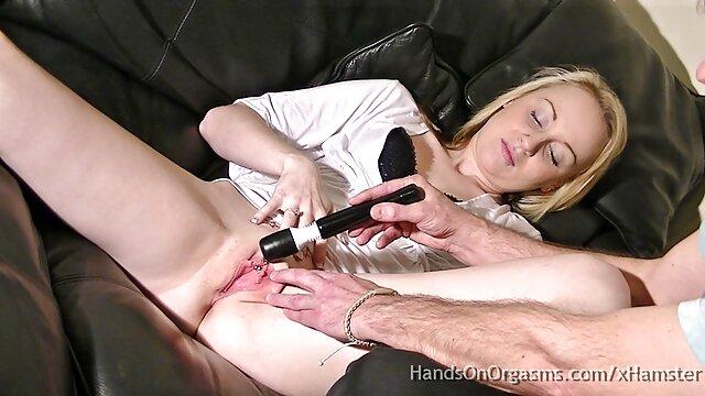 Procace Asiatica anale Sharon amatoriale matura con ragazzo