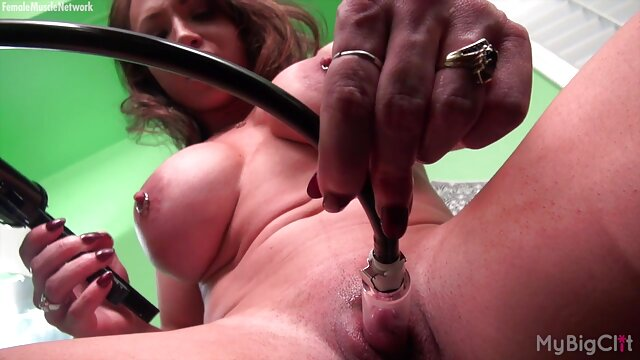 sesso video amatoriale matura anale pistola poke