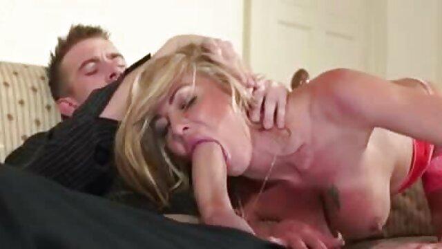 maritino guarda la moglie scopare un altro porno amatoriale mature italiane ragazzo