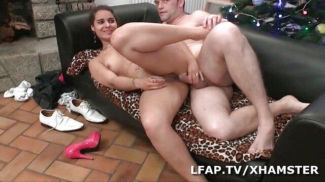 Nonna con tette xxx amatoriali mature enormi assaggia deliziosa carne maschile