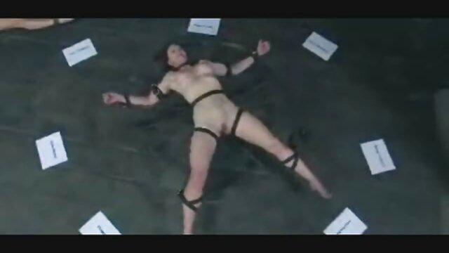 Carmen mature sex amatoriali ama il sesso in giardino