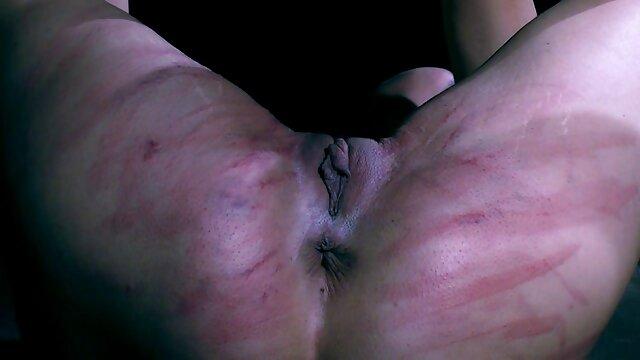 Ginecologo approssimativamente masturbato e leccato la figa del paziente prima porno amatoriale signore di scopare