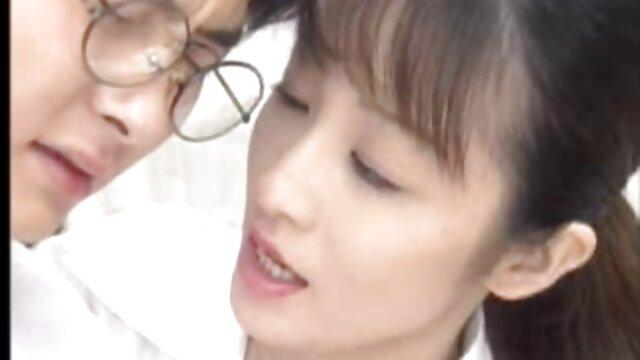Scopata ragazza asiatica in profondità nella sua bocca video amatoriali donne mature italiane