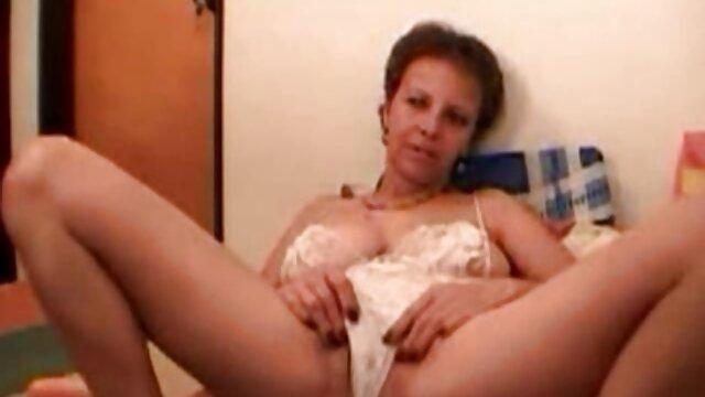 Voyeur in film porno amatoriali donne mature hotel in coppia con orgia, parte 1/2