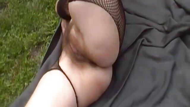 Insaziabile donna matura con i capelli grigi scopata da filmati amatoriali donne mature un ragazzino