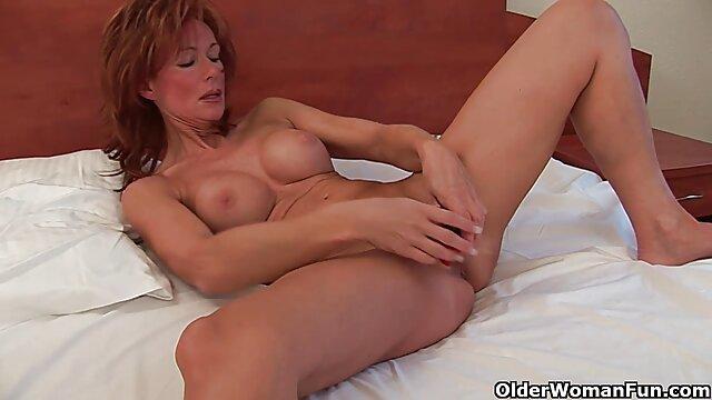 Tutti scopano nel culo, sogni anali donne mature amatoriali nude con Rebel Rhyder e Lana scopano nel culo