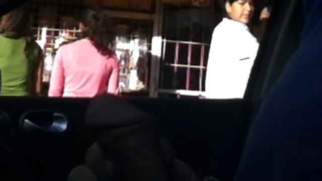 Gina Valentina tradisce il marito scopando amatoriali gratis mature un uomo nero in un hotel