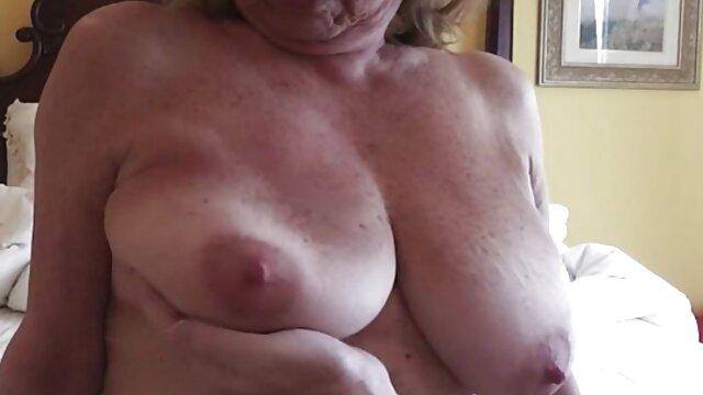 famoso francese babe Jessie Volt adora hard anale video donne mature amatoriali