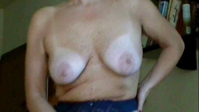 Medico scopa procace porno amatoriale mature gratis bionda con tatuaggio in sala trattamenti