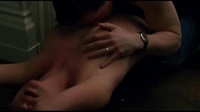 hot beach voyeur film mature amatoriali casalinghe mostra nudisti godendo la reciproca compagnia